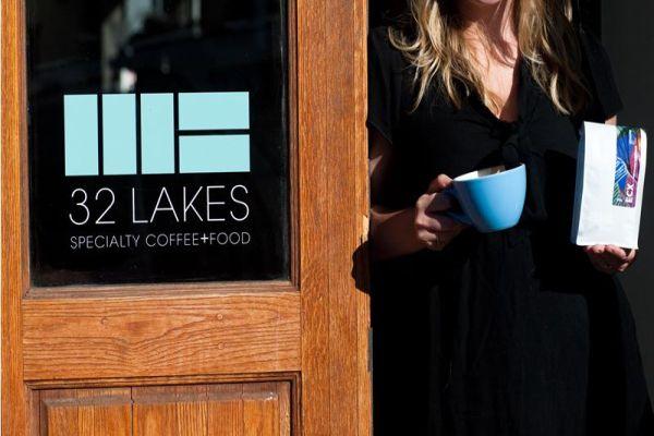 32-Lakes-Coffee-House
