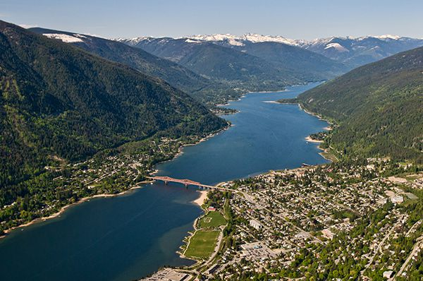 Nelson-Kootenay-Lake-Tourism-Nelson-BC-David-Gluns-Photo-1