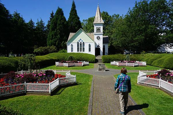 Grant-McMillan.03-Minoru-Chapel.exterior