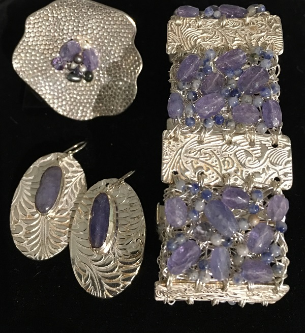 Tanzanite-bracelet-ring-earrings
