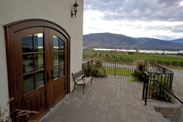 Moon-Curser-Vineyards-Tasting-Room-Door-View