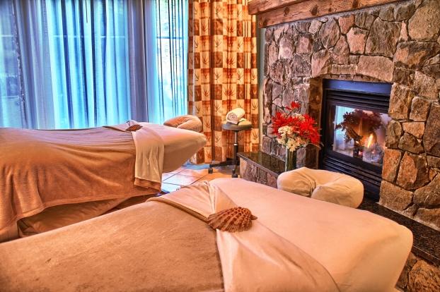 Susurrus-Spa-Couples-Massage