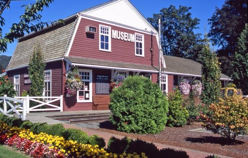 Agassiz-Museum-1