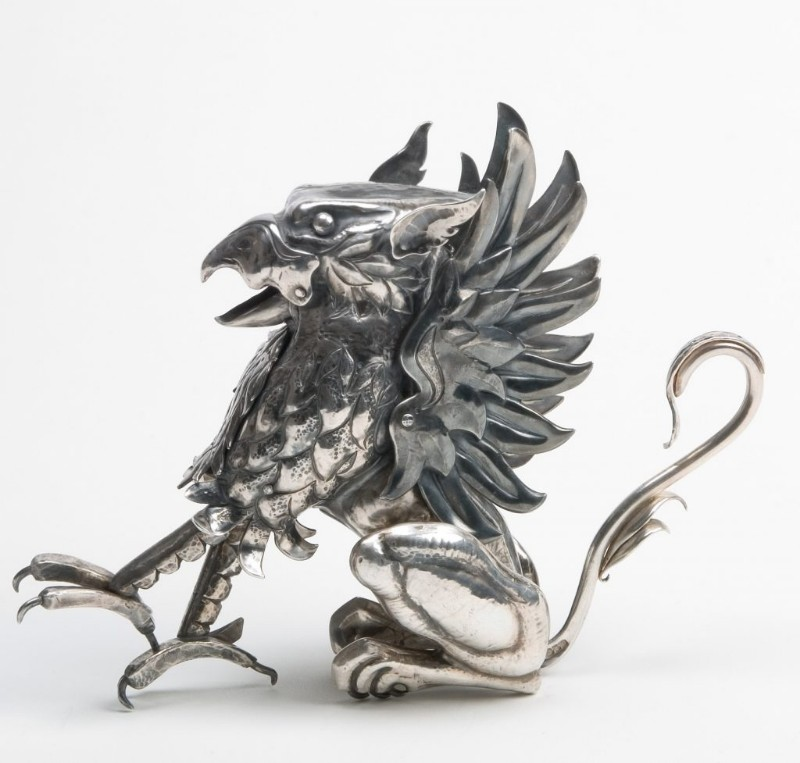 silver_griffin-_articulated_sculpture._bryony_knox-1024x977