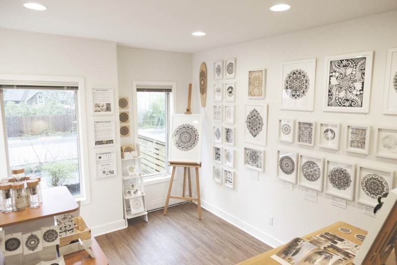 The-fortyonehundred-Art-Gallery-Tofino-Lizzie-Snow-artist-6