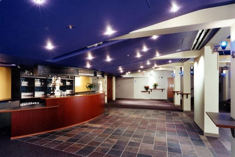 stanley-lobby