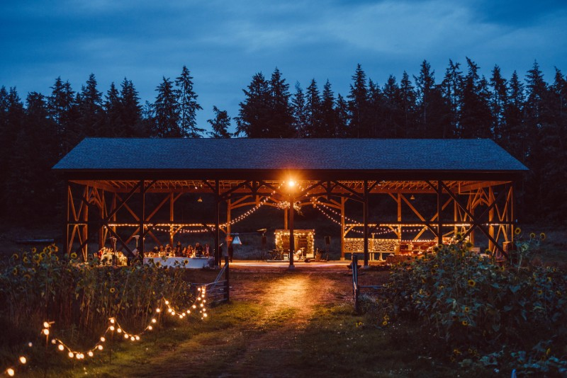 rsz_caravan_farm_theatre_timber_barn_by-kevin-trowbridge