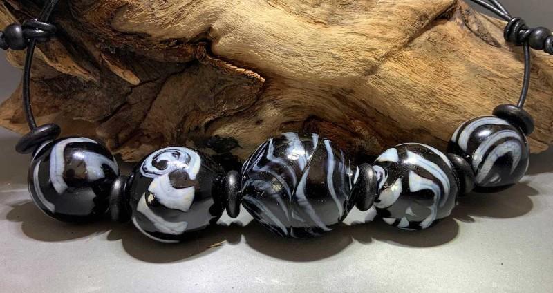 Streams5-blown-glass-hollow-beads-flow-studio-designs-diane-brinton