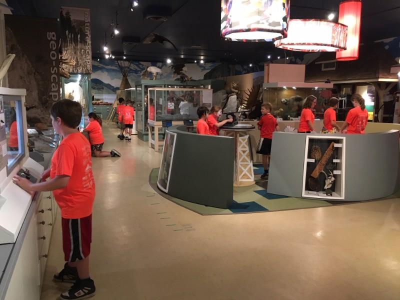 School-group-in-museum